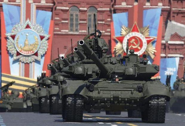 Von wegen obsolet: russische Panzer bei der Siegesparade in Moskau, 2014