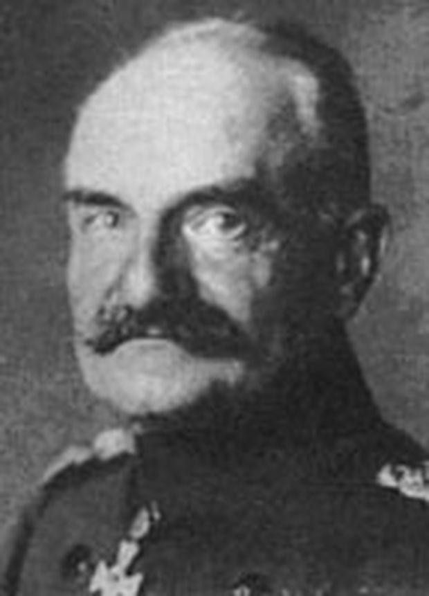 General Fritz von Below