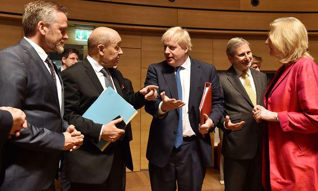 Der Iran war Thema beim Außenministerrat in Luxemburg. Mit dabei: Anders Samuelsen (Dänemark), Jean-Yves Le Drian (Frankreich), Boris Johnson (Großbritannien), EU-Kommissar Johannes Hahn und die österreichische Vertreterin Karin Kneissl.