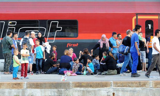 Flüchtlinge/ Railjet