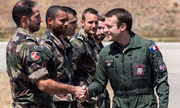 Macron kündigte eine neue diplomatische Offensive an.