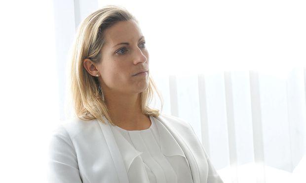 Valerie Hackl war im ÖBB-Vorstand bevor sie zur Austro Control wechselte - nun könnte sie Infrastrukturministerin werden.