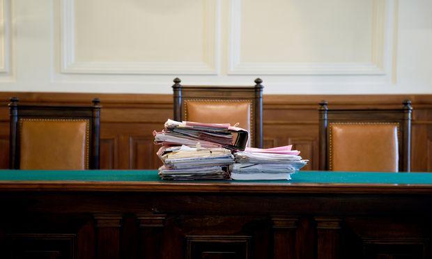 Themenbild: Gerichtsakten / Bild: (c) Die Presse (Clemens Fabry)