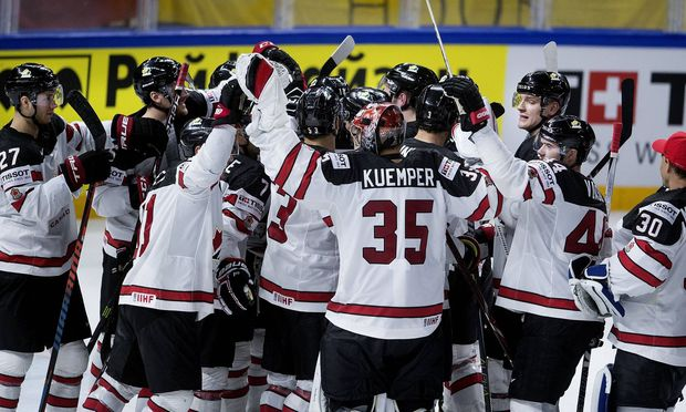 of Canada wins the IIHF World Championship WM Weltmeisterschaft quarterfinal Ice hockey Eishockey ma