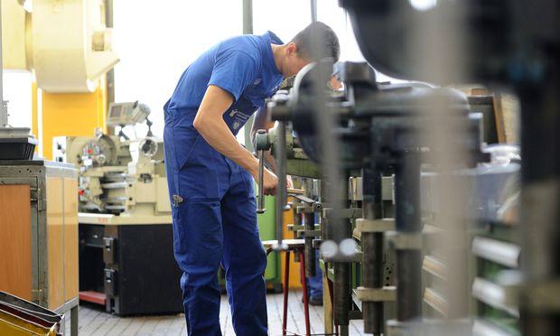 Mühsame Arbeitsmarktqualifizierung: Nicht jeder Migrant wird jobfit.