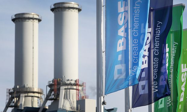 FILES-GERMANY-CHEMICALS-EARNINGS-PHARMACEUTICAL-BASF