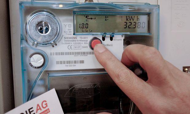 Intelligente Stromzaehler - Der Zaehler denkt mit / Smart Electric Meters - Stabilizing the Grid