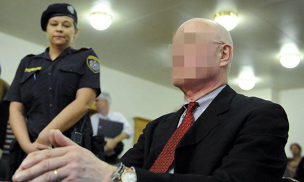 Der Geigenhändler wurde schuldig gesprochen.