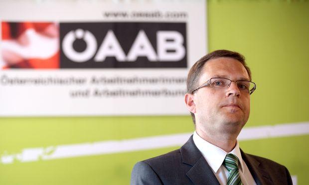 PK �AAB ´AKTUELLE POLITISCHE FRAGEN - NEUER GENERALSEKRET�R´: W�GINGER