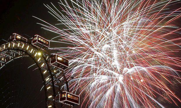 Archivbild: Feuerwerk in Wien zu Silvester 2008