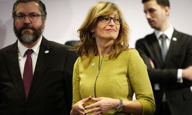 """Bulgariens Außenministerin Sachariewa ist dagegen, immer alles auf die EU abzuschieben: """"Brüssel sind wir alle."""""""