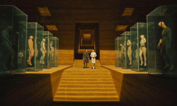 """In """"Blade Runner 2049"""" entwirft Villeneuve eine Welt, die befremdlich und anziehend zugleich ist – und bisweilen wie eine moderne Kunstinstallation aussieht."""