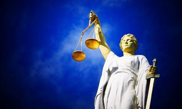 Zeigen Sie, wie fit Sie im Arbeitsrecht sind. / Bild: pixabay