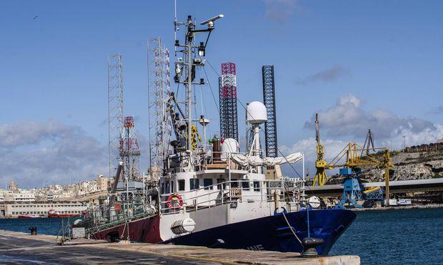 Das Schiff der deutschen Seenotrettungsorganisation Mission Lifeline