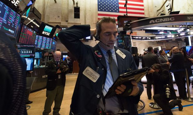 So hohe Kursrückgänge hat man an der Wall Street seit Mai nicht mehr gesehen. / Bild: APA/AFP/BRYAN R. SMITH