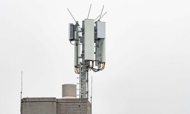 Archivbild: Eine 5G-Testantenne, aufgenommen in Darmstadt (Deutschland).