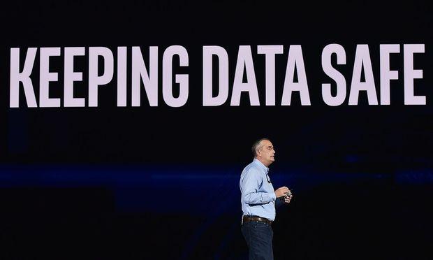 Intel-Chef Brian Krzanich bei der Pressekonferenz auf der CES in Las Vegas.  / Bild: APA/AFP/MANDEL NGAN
