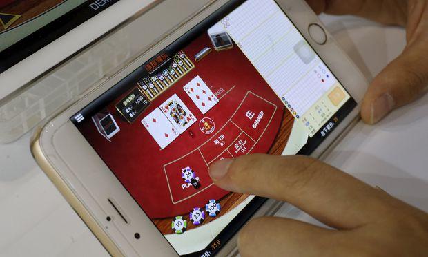 Zocken wo und wann auch immer: Smartphones haben Onlinespielen einen zusätzlichen Schub gegeben.