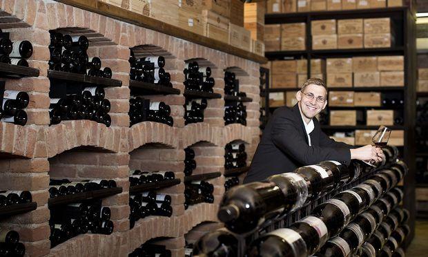 Wolfgang Kneidinger ist für das Weinarchiv in der Coburg verantwortlich.