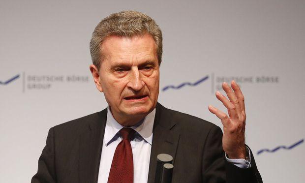 Oettinger kündigt Einschnitte für Landwirte an