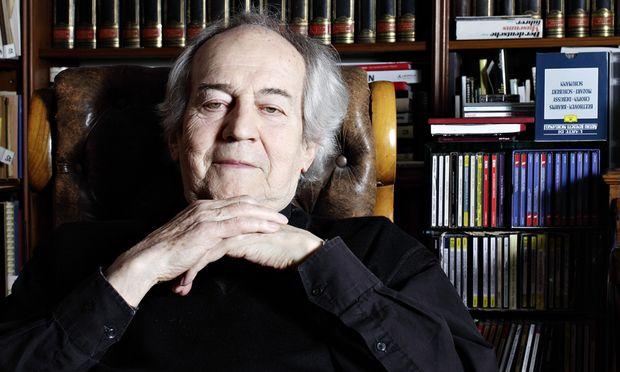 Er liebt seine Bücher und die Bühne: Am Freitag wird Otto Schenk in der Stadthalle mit Michael Niavarani übers Altern scherzen. Staatsoperndirektor Dominique Meyer hält die Laudatio.