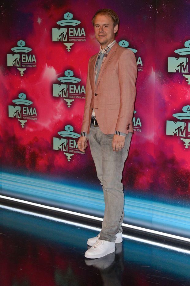 MTV EMA Die Looks vom roten Teppich « DiePressecom