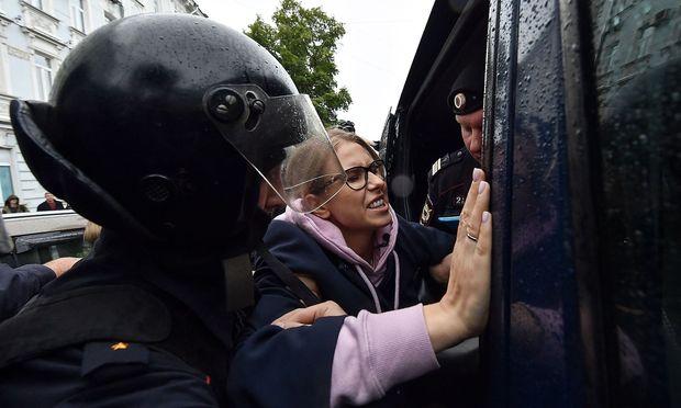 RUSSIA-POLITICS-DEMONSTRATION-VOTE