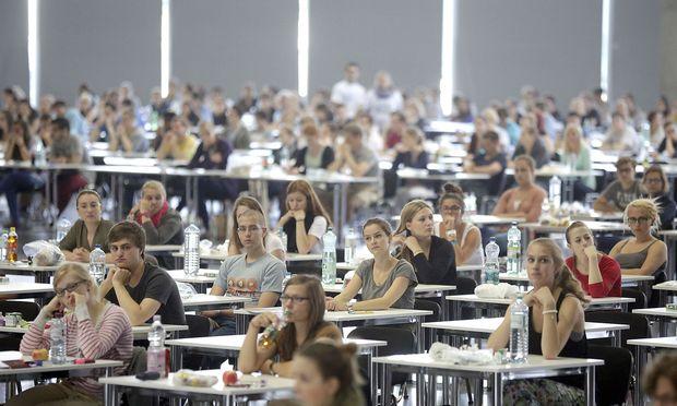 Symbolfoto: Medizinaufnahmetest in Wien
