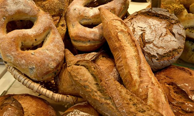 Auch hochwertiges Brot landet oft im Müll