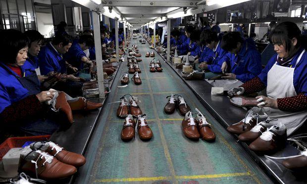 Schuhproduktion in China: Die globale Öffnung der Wirtschaft hat 500 Millionen Chinesen aus bitterer Armut geholt.
