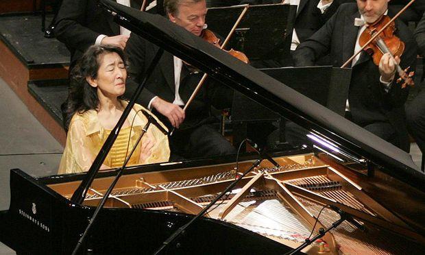 Nach Absagen Mitsuko Uchida