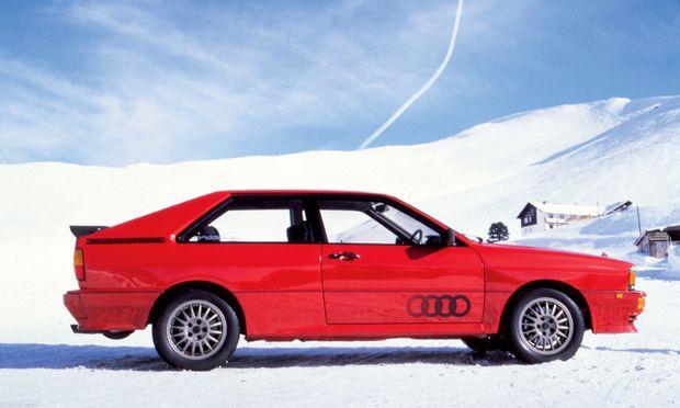 """Bei den Versuchsfahrten waren Prototypen als Audi 80 getarnt. Nachtrag aus den  80er-Jahren, als die Sache gelaufen war. Audi Quattro, heute """"Ur-Quattro""""."""