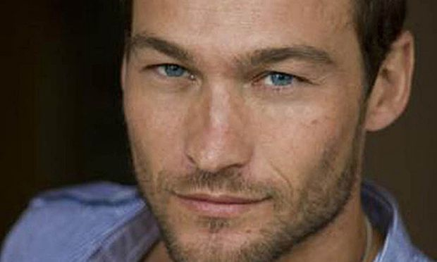 Andy Whitfield Tot
