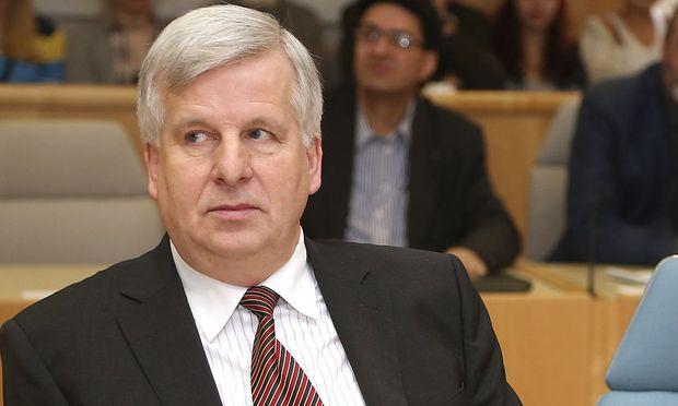 Salzburg-Finanzen: Ex-Finanzreferent wies alle Verantwortung von sich