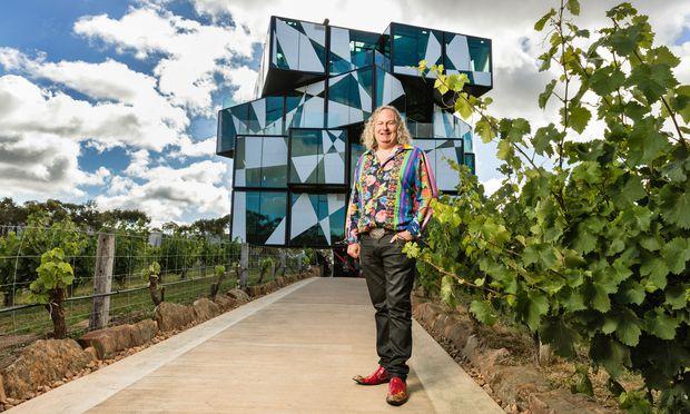 """Glas, Beton, Stahl. Der """"d'Arenberg Cube"""" von Chester Osborn."""