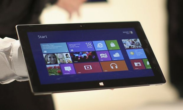 Microsoft verkaufte 2012 knapp 900.000 Surface-Tablets