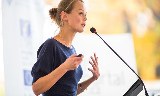 Ein überzeugender Vortrag basiert auch auf dem richtigen Sprachrhythmus und damit auf der richtigen Atmung.