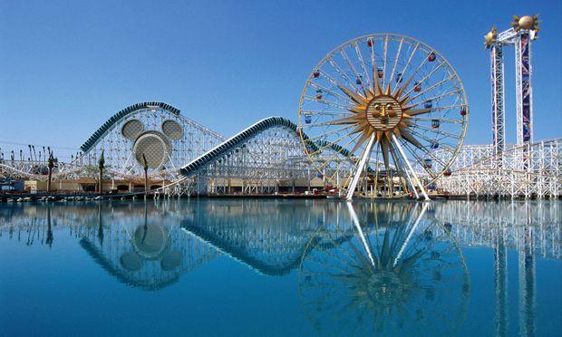 Gold. Disneyland ist ein