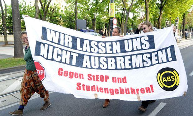 Wien Erste Klagen gegen