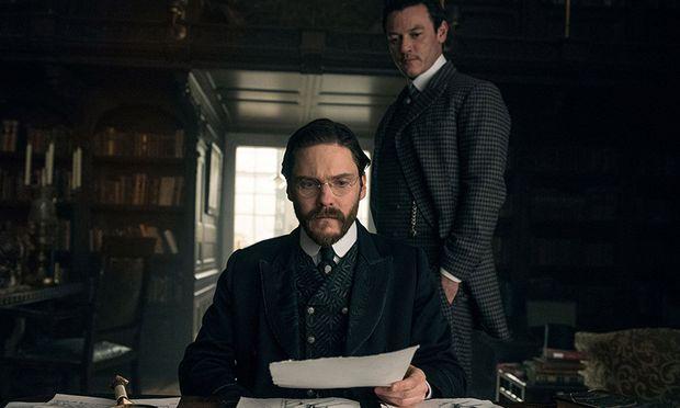 Brühl spielt Lazlo Kreizler, der im New York im Jahr 1896 eine Mordserie aufklären soll.