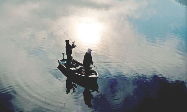 """Der Weißensee: Wenn keine Forelle ins Netz geht, gibt es im Restaurant """"Die Forelle"""" auch kein Ceviche."""