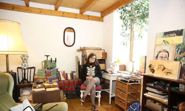 Tamara Neubauer in ihrer Werkstatt im zweiten Bezirk.