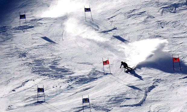 Mithilfe von Kunstschnee sind Weltcupskirennen in Österreich auch in Zukunft garantiert.