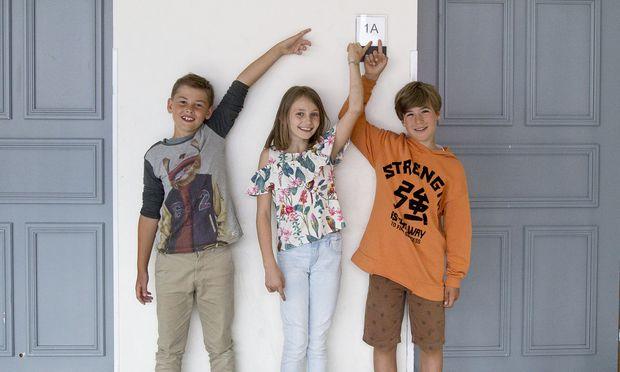 Philipp, Nicola und Finn finden sich am Gym wieder – in der gleichen Klasse!