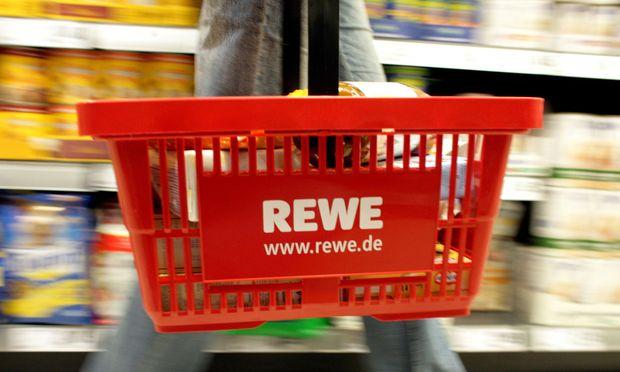 Zukäufe drücken Gewinn bei Rewe