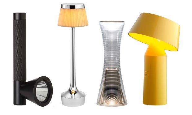 """V.l.n.r.: Licht geht mit, in der Hand: Taschenlampe von Northern. """"Bon Jour"""" von Flos sucht sich seinen Platz."""