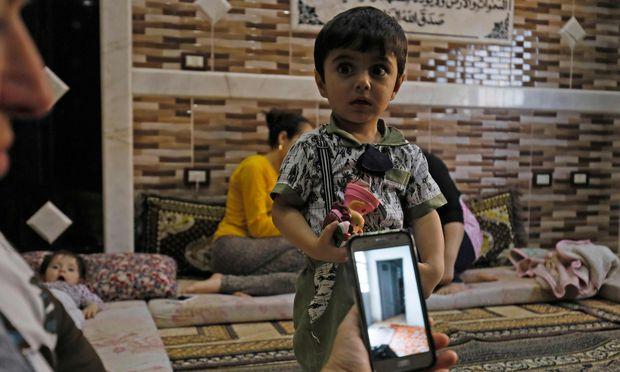 Rückkehr in die Normalität? Syrische Flüchtlinge werden von der Türkei ins nordsyrische Afrin gebracht. Doch Ankara steht vor Problemen.