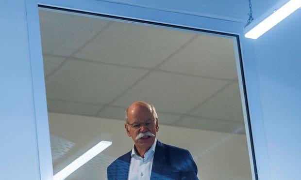 Verdacht des Abgasbetrugs: Durchsuchungen bei Daimler