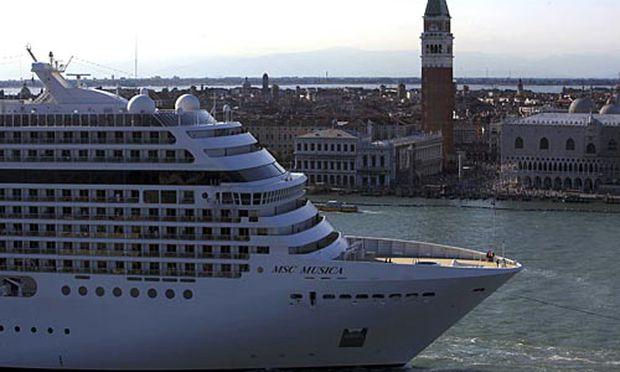 Kreuzfahrtschiffe sollen Venedig verbannt