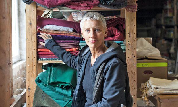 """Kostümbildnerin. Marie-Theres Bartl verantwortete u.a. den Look der Serie """"Schnell ermittelt""""."""